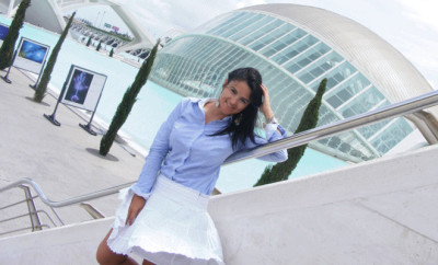 white-skirt-for-office