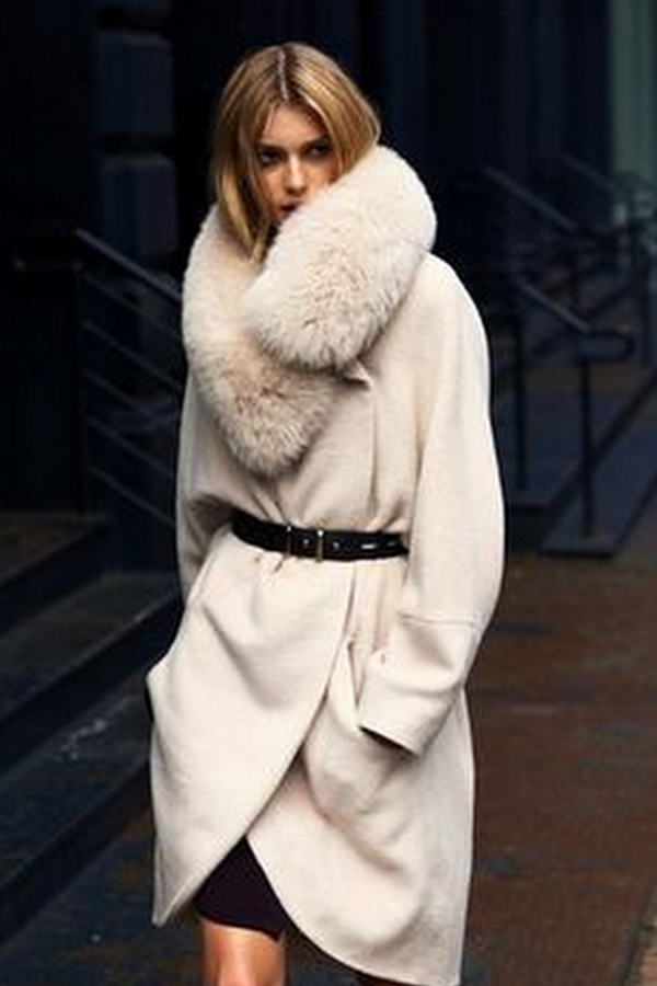 Beige coat with a brown belt for elegant lady