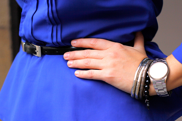 Formal look with blue accessories