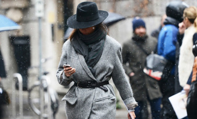 cool-grey-coat-and-a-belt-with-a-black-hat