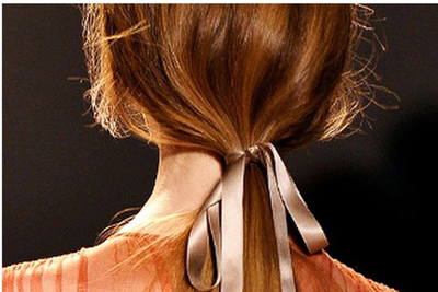 How to cover your ponytail correctly