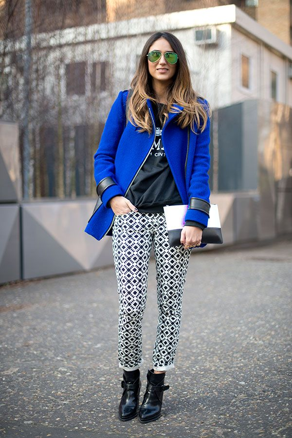 Blue coat and patterns - Fashion blogger style tips