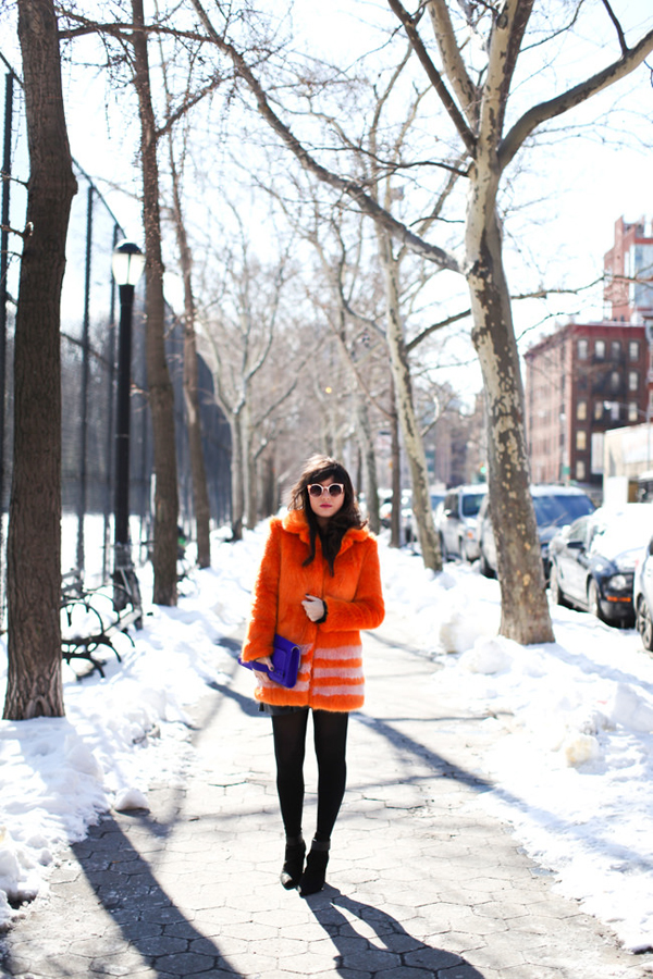 Beautiful orange coat from Le Blog de Betty