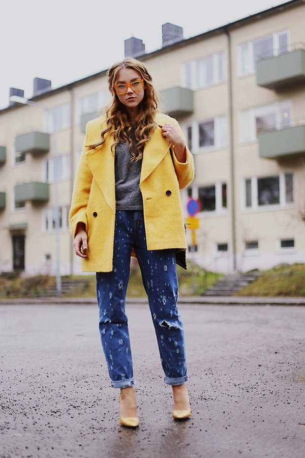 Yellow coat for spring