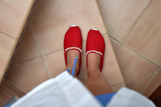 diy-red-pearl-shoes-style-advisor