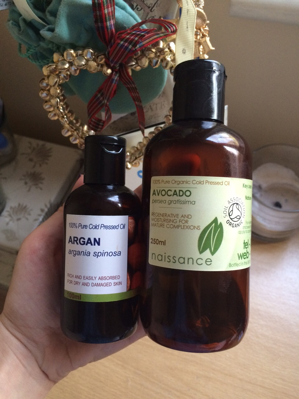natural oil for hair and skin