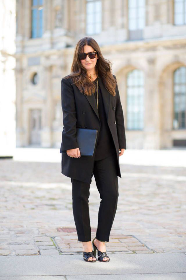 how-to-wear-sandals-to the office