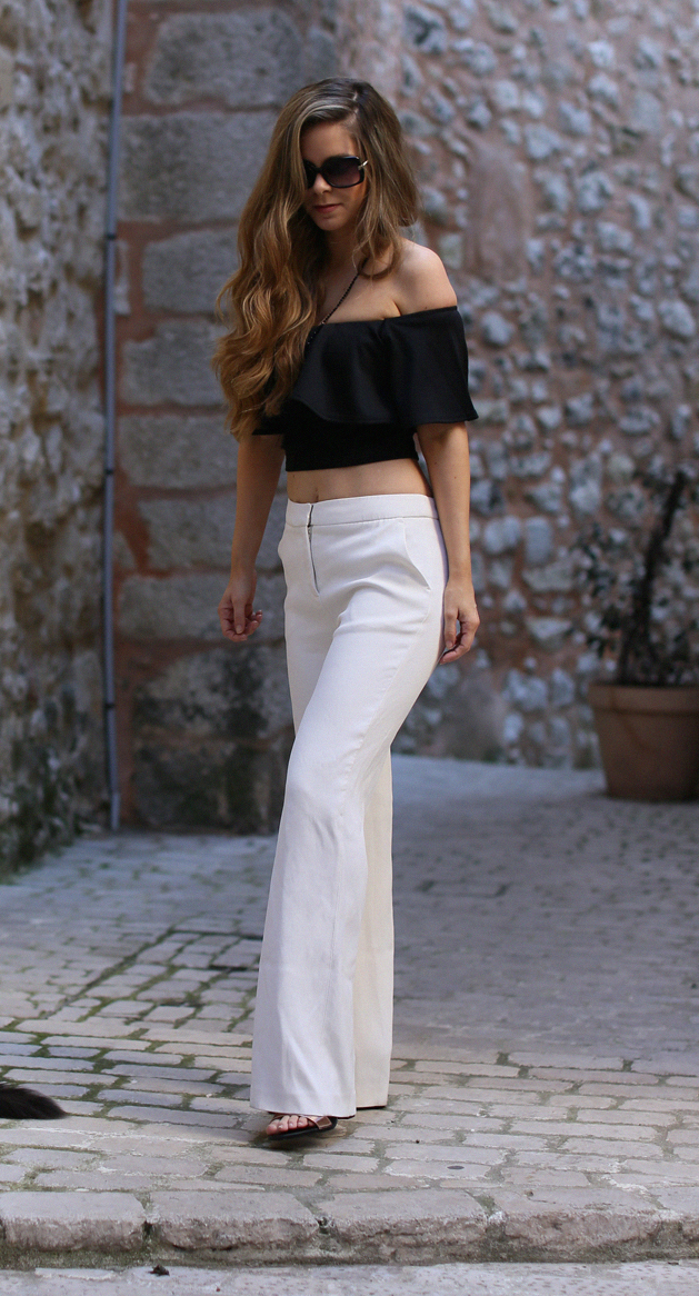 white-wide-leg-trousers