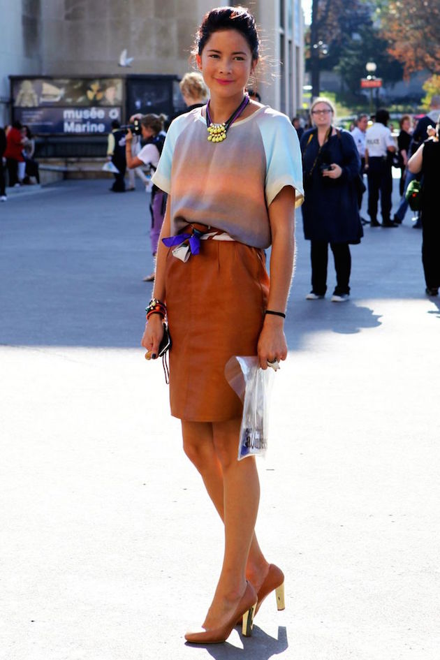 scarf as a belt for skirt