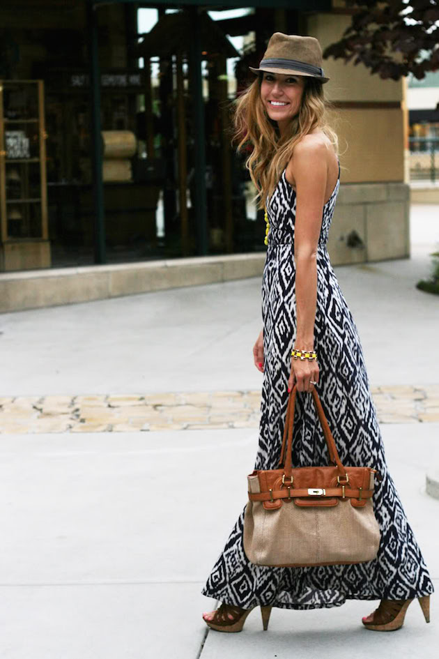 maxi dress with brown sandals