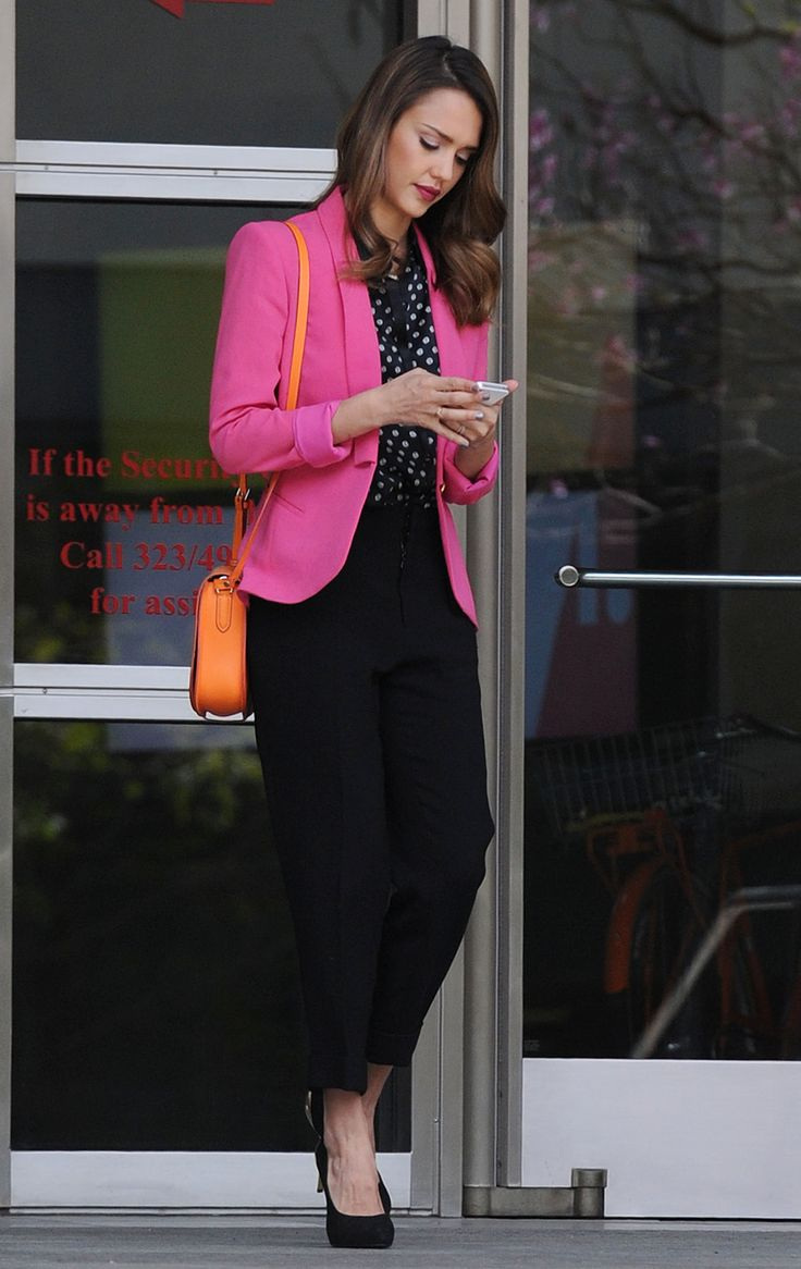 jessica alba pink blazer and office style