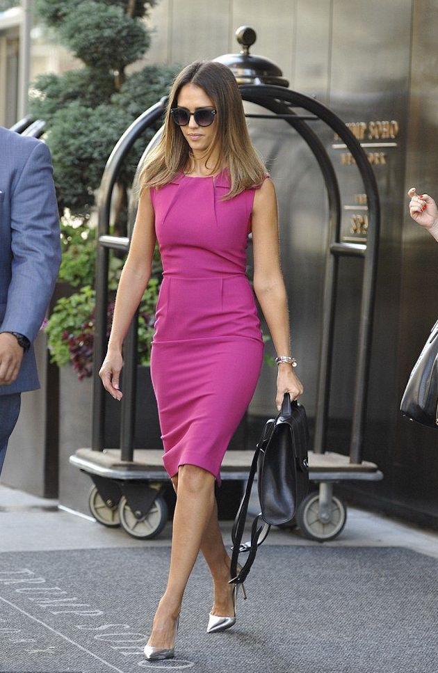 Jessica Alba in office style purple dress