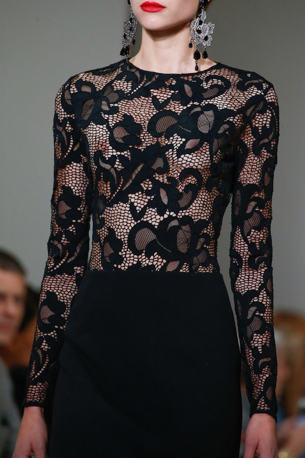 oscar de la renta black lace dress