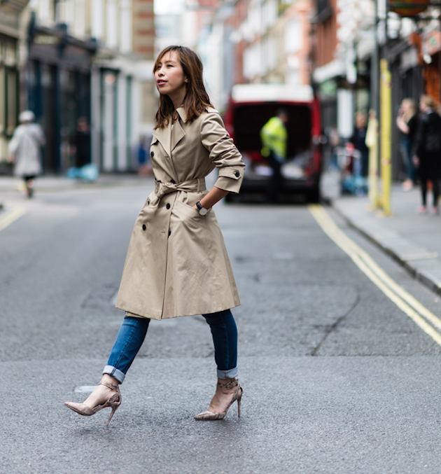 elegant look with trench and amazing shoes