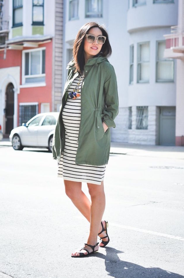 dress for pregnant woman