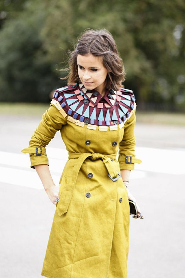 miroslava duma in burberry-trench-coat