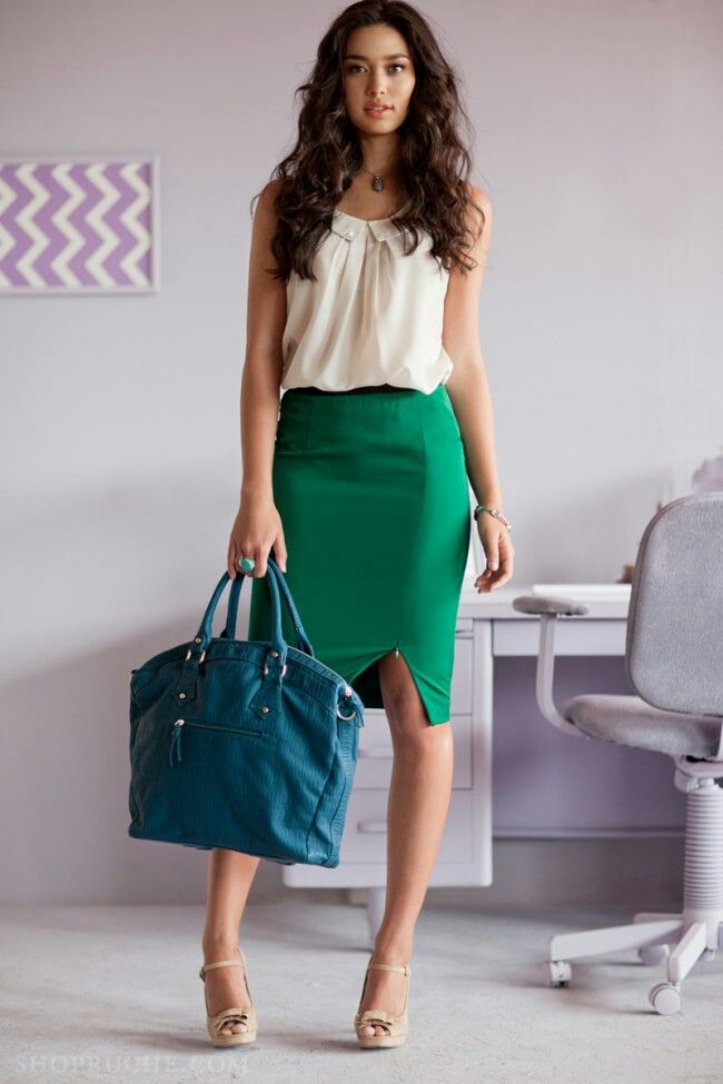 pencil skirt for an hourglass figure