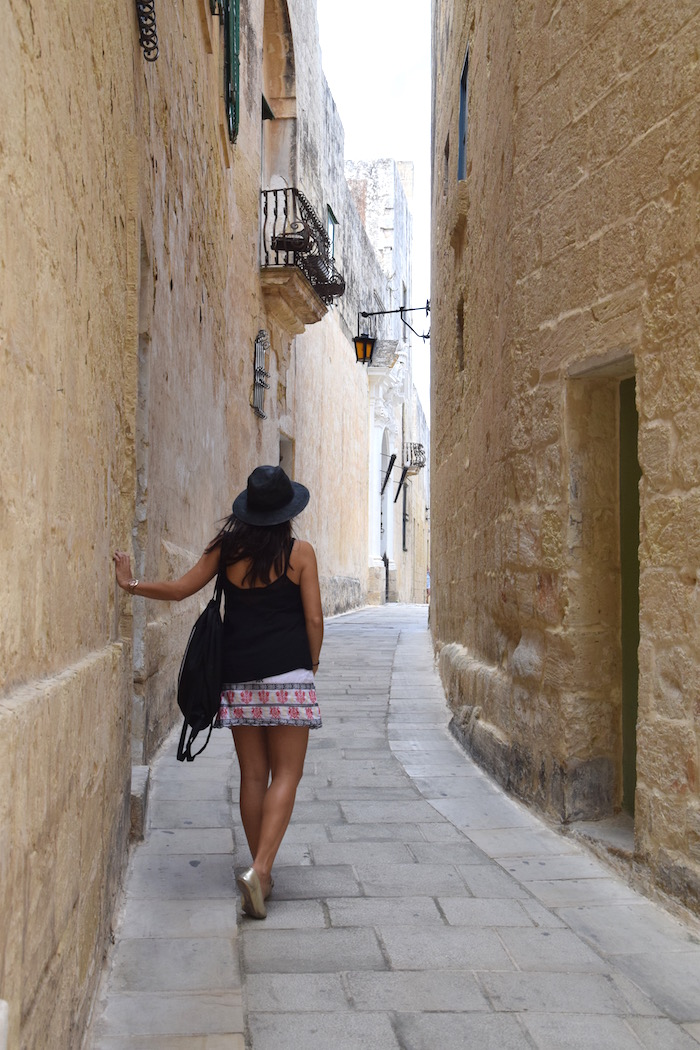 fashion blogger traveling to Mdina, Malta