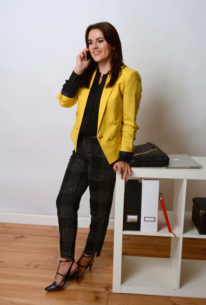 how to dress business style