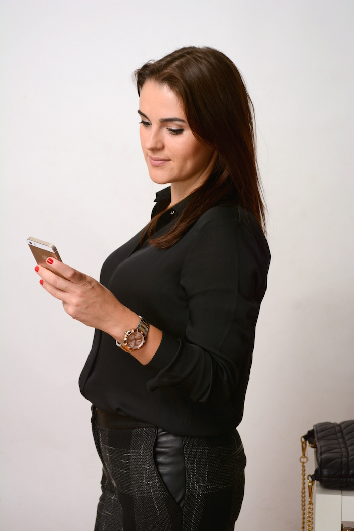 how to look business in a black shirt to office