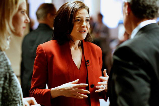 sheryl_sandberg_conference_style_red_suit