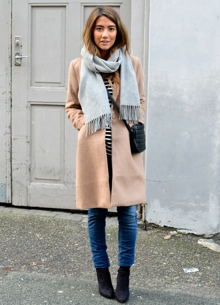 coat-shirt-skinny-jeans-ankle-boots-crossbody-bag-
